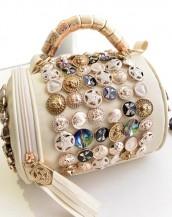 düğme süslü tasarım silindir beyaz kol çantası sk5898