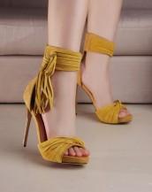 hardal sarısı nubuk püsküllü topuklu sandalet sk7275