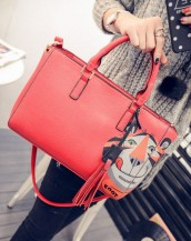 kırmızı sevimli kaplan detaylı deri kol çantası sk6230
