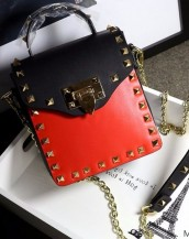 kırmızı siyah zımbalı zincirli mini çanta sk6357