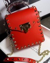 kırmızı zımbalı zincirli mini çanta sk6357