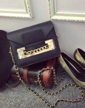 siyah zincir detaylı küçük çanta sk7309