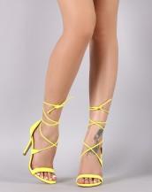 çapraz ipli sarı topuklu ayakkabı sandalet sk8615