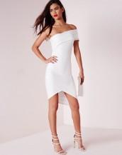 asimetrik kesim straplez beyaz gece elbisesi sk8821
