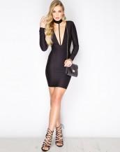 v yaka uzun kollu siyah gece elbisesi sk9221