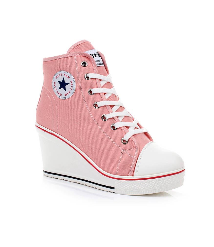 Nursace'nin topuklu ayakkabı modelleri ile tüm dikkatleri üzerinize çekin. Yüksek kalite standartlarında üretilen topuklu ayakkabı modellerimizi görün.