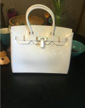 fularlı beyaz silikon kol çantası sk10568