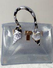 fularlı gümüş simli silikon kol çantası sk10568