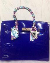 fularlı parlament mavisi silikon kol çantası sk10568