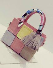 renkli ekose tasarım fularlı pembe kol çantası sk11508