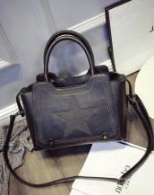 yıldız desenli zımbalı siyah kol çantası sk10972