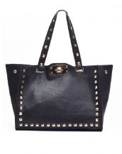 zımbalı büyük trapeze siyah omuz çantası sk10702