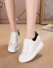 siyah beyaz süet detaylı gizli topuk ayakkabı sk22700