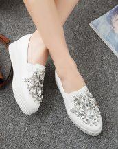 beyaz taş işlemeli düz platform ayakkabı sk24827