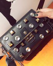 siyah perçin ve elmas detaylı çanta sk24481
