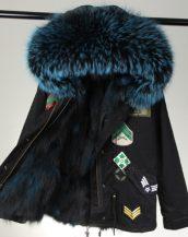 siyah lacivert kürk kapüşonlu armalı parka sk26335