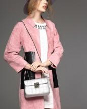 sk-365 deri detaylı süet ceket manken üzerinde 1sk-365 deri detaylı süet ceket manken üzerinde 2