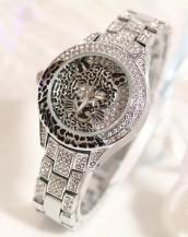 leopar swarovski taşlı gümüş rengi kol saati sk5149