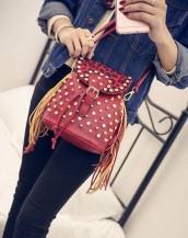 zımbalı püsküllü mini kırmızı sırt çantası sk5060