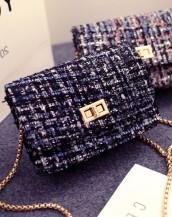 zincirli küçük lacivert mini kol çantası sk5263