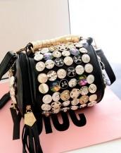 düğme süslü tasarım silindir siyah kol çantası sk5898