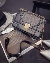 küçük zincirli siyah deri omuz çantası sk7447