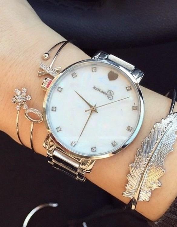 kalp ve taş detaylı gümüş kol saati sk8023