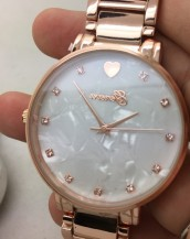 kalp ve taş detaylı rose gold bej kol saati sk8023