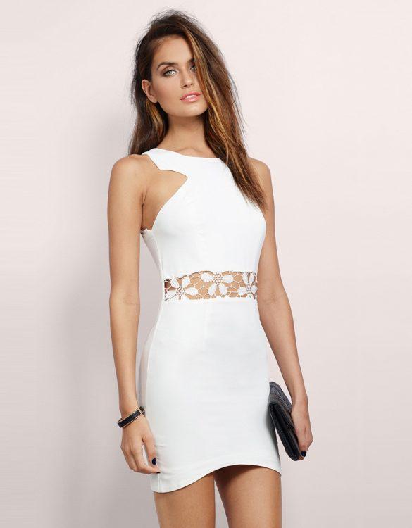 dantel detaylı beyaz mini gece elbisesi sk10060