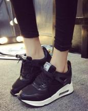 yüksek tabanlı siyah rahat spor ayakkabı sk8486