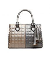 ekoseli püsküllü altın gümüş yumuşak deri kol çantası sk10617