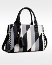 gri siyah beyaz püsküllü tasarım deri çanta sk11424