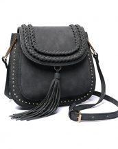 püsküllü zımbalı siyah çapraz omuz çantası sk11258