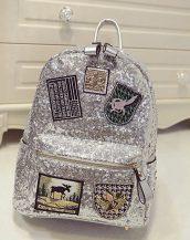payetli parlak gümüş sırt çantası sk12060