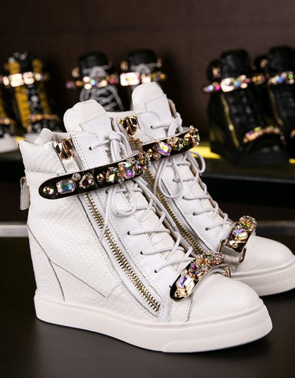 renkli taşlı beyaz gizli topuklu marka sneaker sk10505