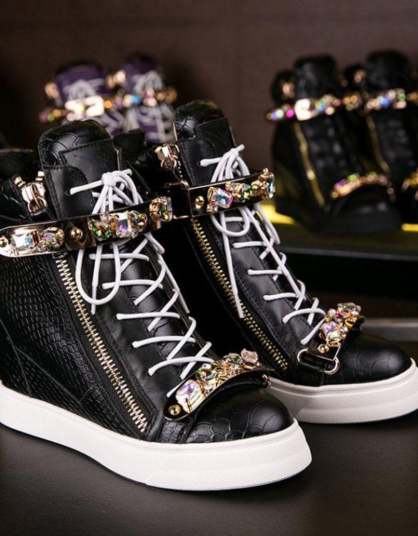 siyah beyaz taşlı sneakers