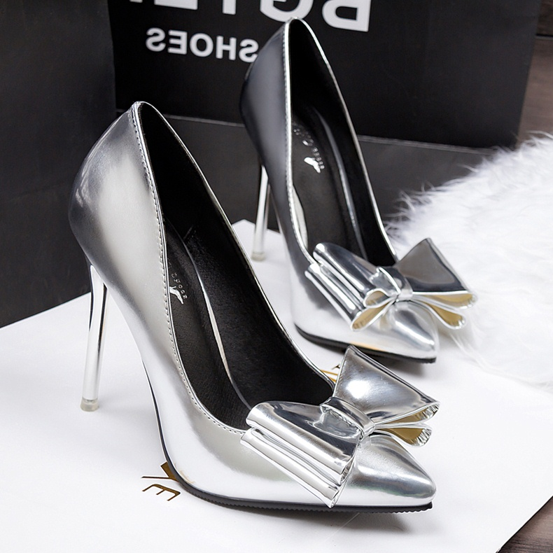 607e4b21dcf2c Papyonlu Sade Gelin Ayakkabısı SK11798 | StilKapinda.com