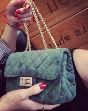 zincir askılı yeşil kadife omuz çantası sk10823