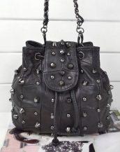 zımbalı zincirli siyah çapraz çanta sk12528