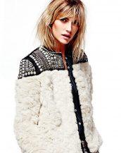 omuz aksesuarlı bayan beyaz kürk ceket sk15040
