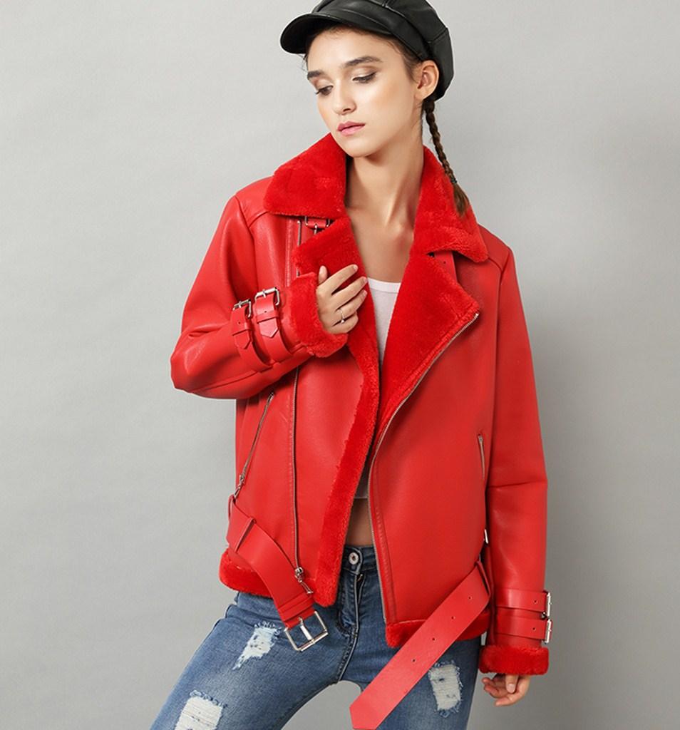 Deri ceket ile Etiketlenen Konular