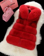 kırmızı kapüşonlu bayan kürk yelek sk17344