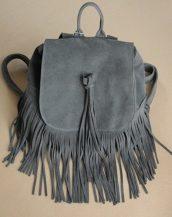 gri süet püsküllü sırt çantası sk18065