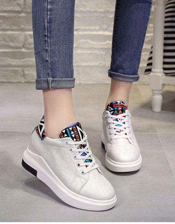 beyaz gizli topuk bağcıklı sneaker sk21540