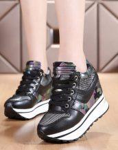 siyah parlak bağcıklı gizli topuk ayakkabı sk21472