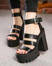 siyah platform topuk bantlı sandalet sk21217