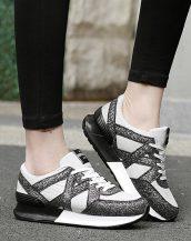 siyah yüksek taban parlak spor ayakkabı sk21464
