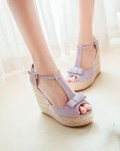 lila fiyonk detaylı hasır topuk sandalet sk23869