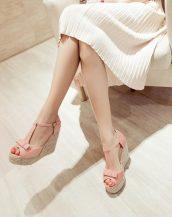 pembe fiyonk detaylı hasır topuk sandalet sk23869