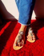 gümüş taşlı zarif düz sandalet sk25237